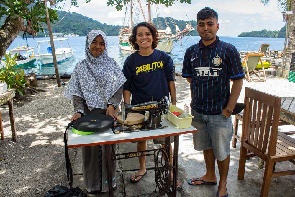 Sewing machines for KKaB Banda Neira.