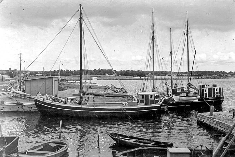 1951, Fredrik Johansson Shipyard - Jakt Vega of Degerhamn