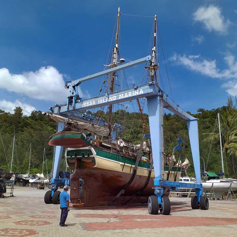 Historic Vessel Vega escapes PSS Shipyard